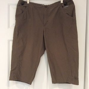 Columbia Green Skimmer Capris Crop Hiking Pants Lg